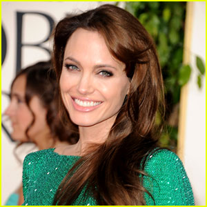 Angelina-jolie-louis-vuitton-new-face